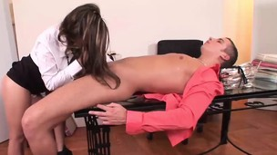 Amazing beauty Sylvia delivers an amazing blowjob