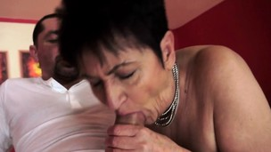 Chubby grandma nailed after oral pleasure