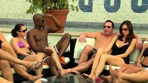 Swingers getting to know each other in reality demonstrate