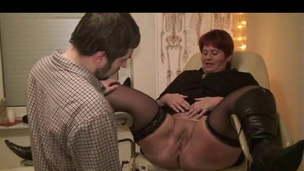 Annadevot - The gynecologist ...