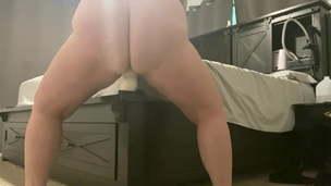 Wife rails huge dildo