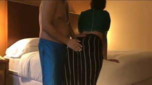 Dost Ki Wife Ko Hotel Apartment Me Rulaya